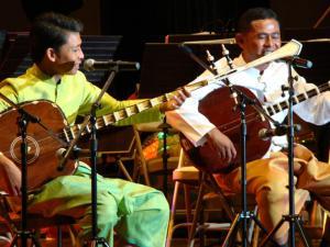 Chapei Musicians / by: Koam Tivea